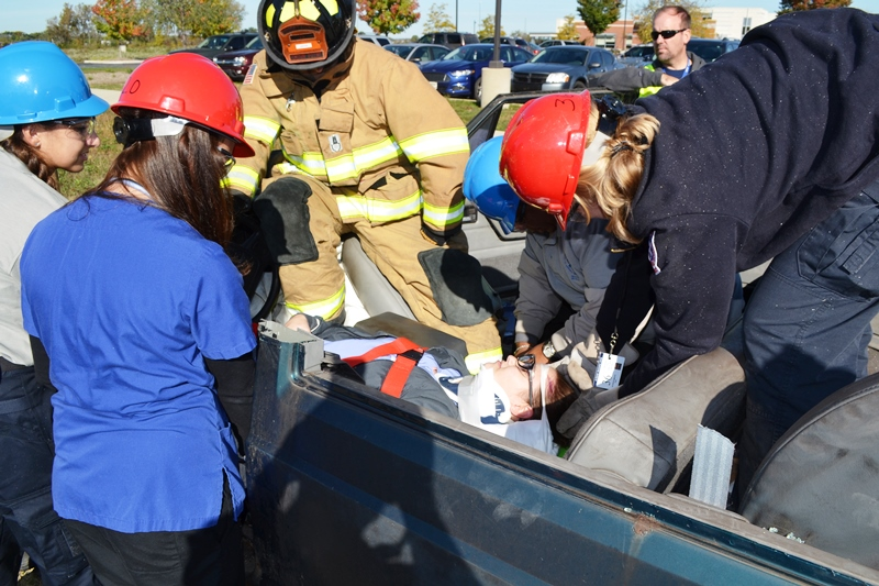 Drill-Teaches-Nursing-and-EMS-Students-a-Lifelike-Lesson-01