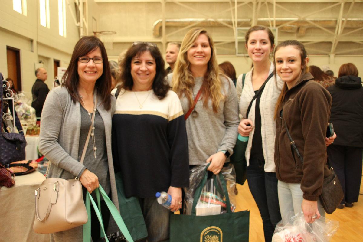 duneland-mistletoe-market-2016-1