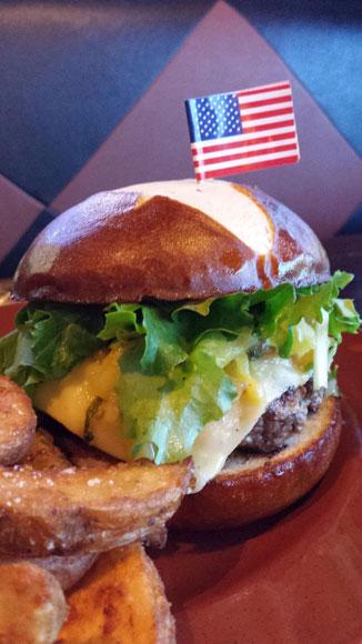 Finn-Hawaiian-Burger