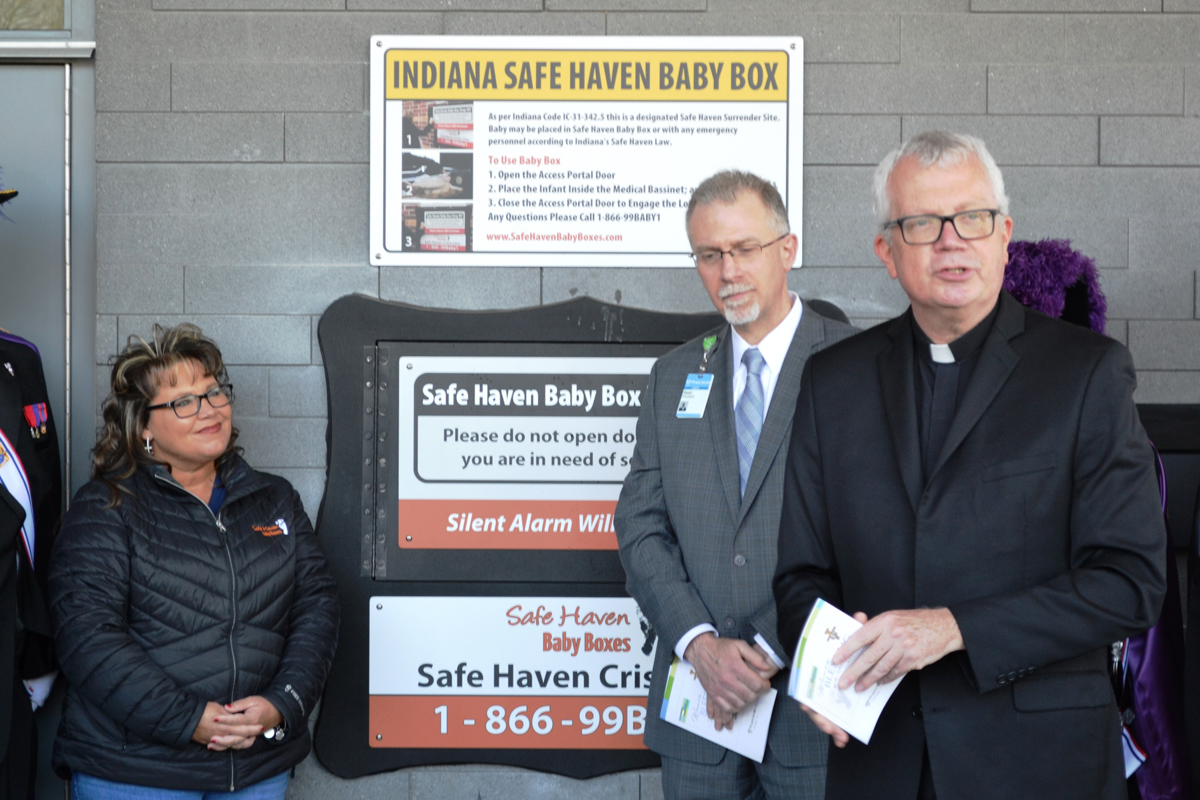 First-Safe-Haven-Baby-Box-at-an-Indiana-hospital-receives-blessing-at-Franciscan-Health-Michigan-City-2019_01