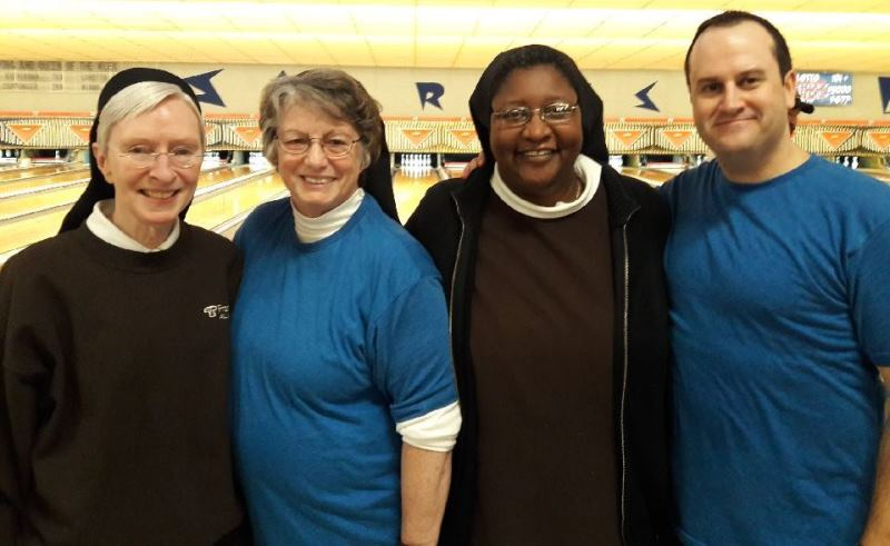 Franciscan-Health-Crown-Point-Bowling-for-Charity-Dollars-Benefits-the-Needy