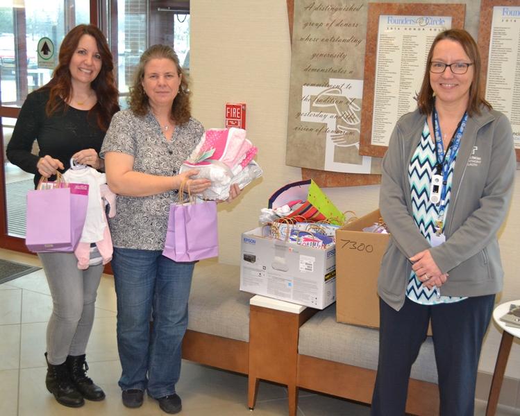 Franciscan-Health-Crown-Point-NICU-Unit-Parents-Babies-Helped-by-Cookie-Link-Club