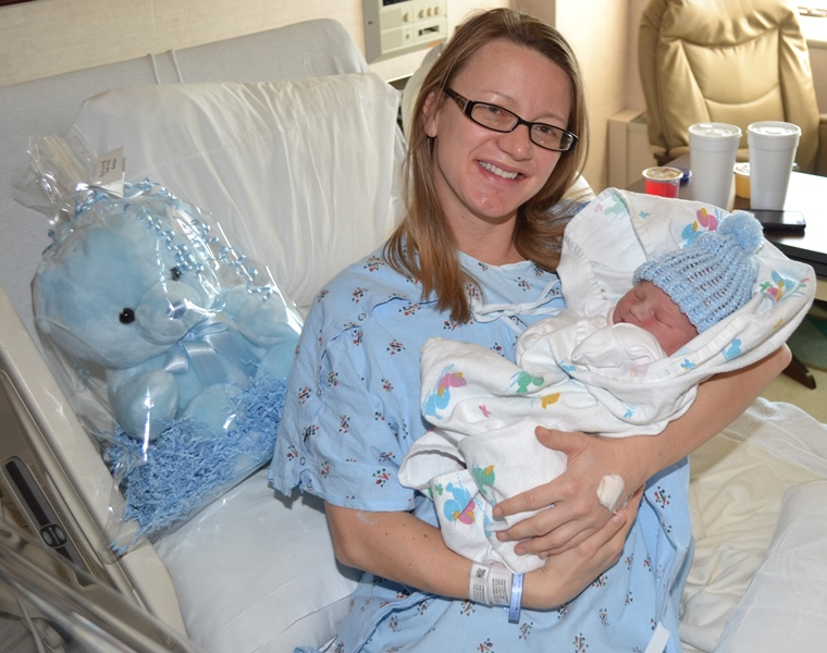 Franciscan-Health-Dyer-Welcomes-First-Baby-of-2017