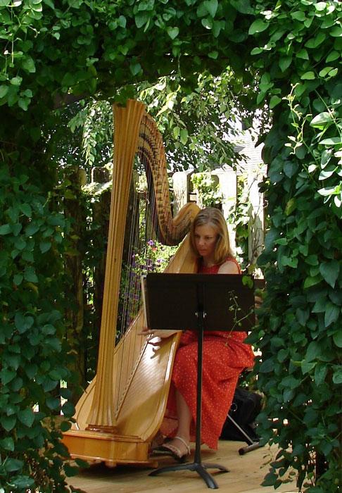 Garden-Walk-2010-Heidi-Sullivan