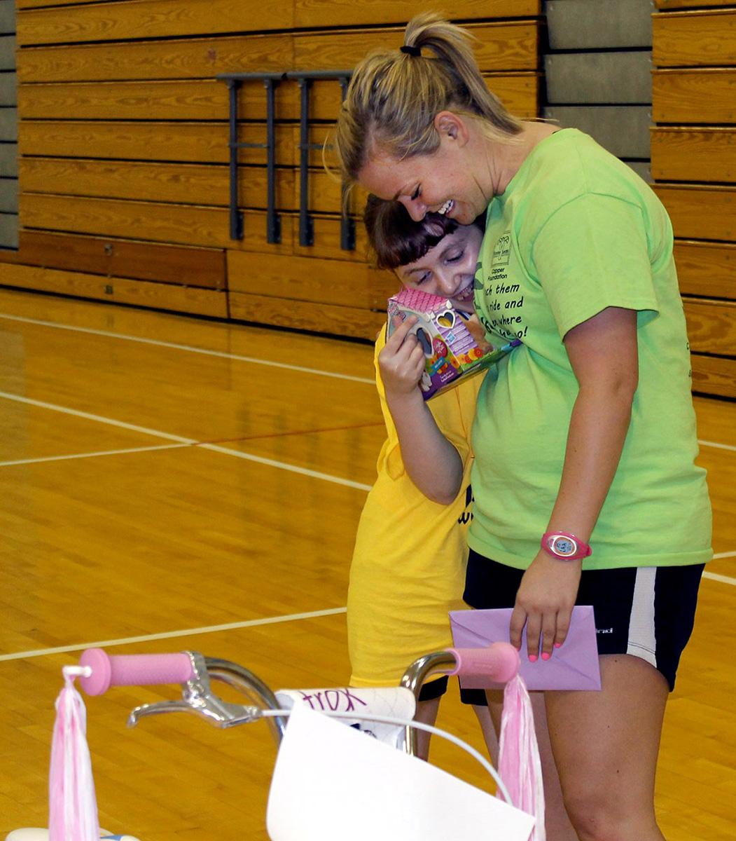 Bibich Elementary School Teacher Genna Noel Gives Back through iCan Shine Program