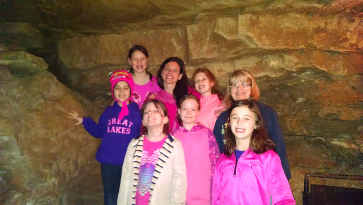 girl-scouts-Cave-troop-148