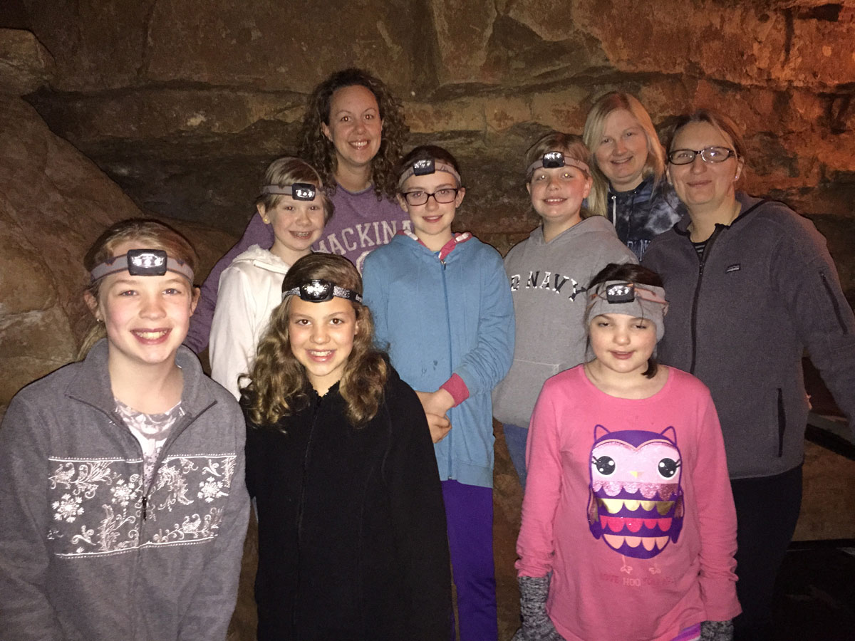 girl-scouts-Cave-troop-86