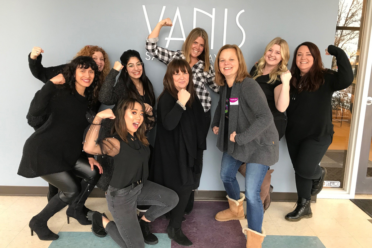 Girls-on-the-Run-of-Northwest-Indiana-Receives-Donation-from-Vanis-Salon-and-Day-Spa
