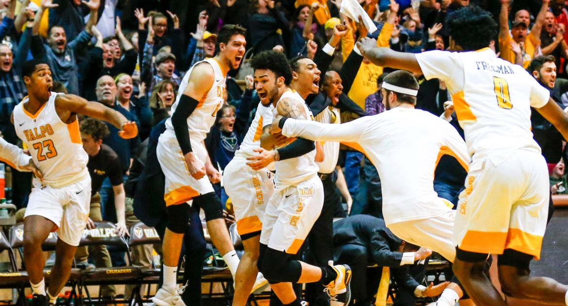 Golder-Half-Court-Buzzer-Beater-Caps-Comeback-Valpo-Downs-Illinois-State-in-MVC-Opener