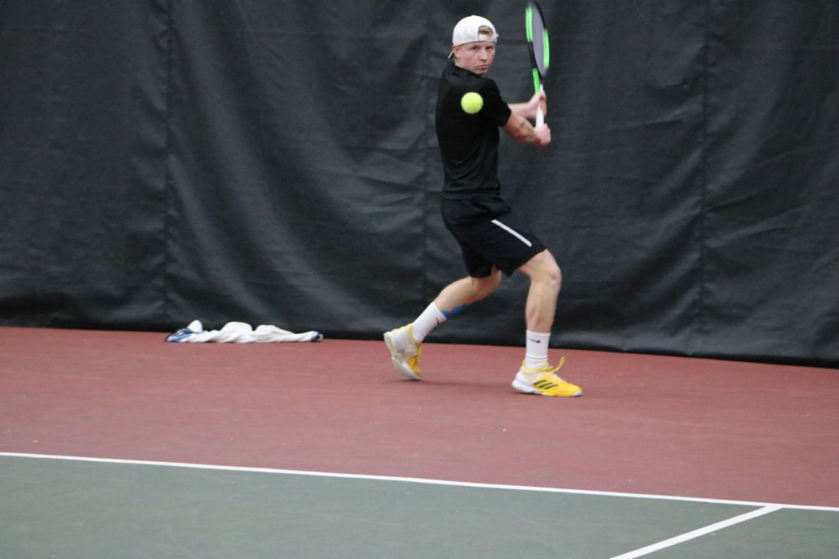 Grosseloh-Wins-Second-Straight-PNW-Mens-Tennis-Drops-Match-to-WSU-2018