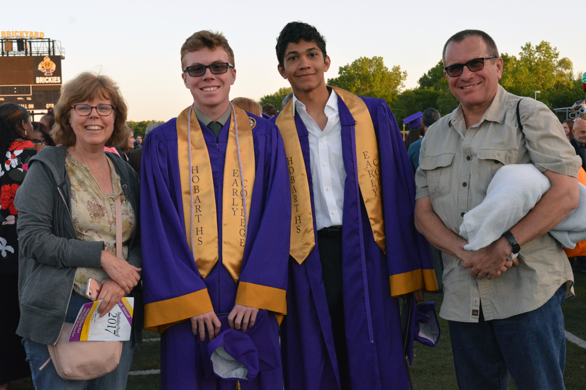 2017-graduation-hobart