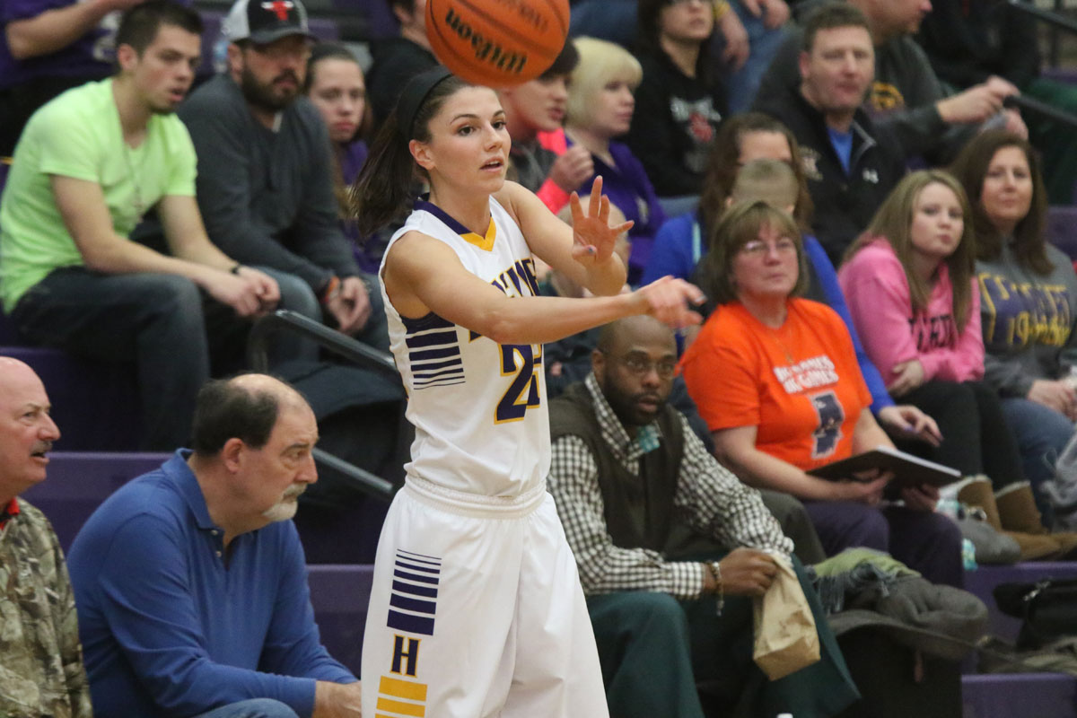 Northwest Crossroads Conference Names 2014-15 WBB All-Conference Selections