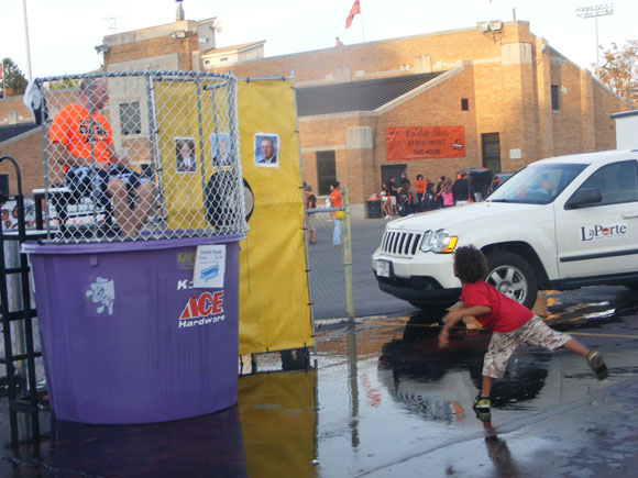 Homecoming-Tailgate-Party-2011-2