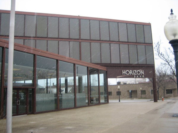 horizon-building-laporte