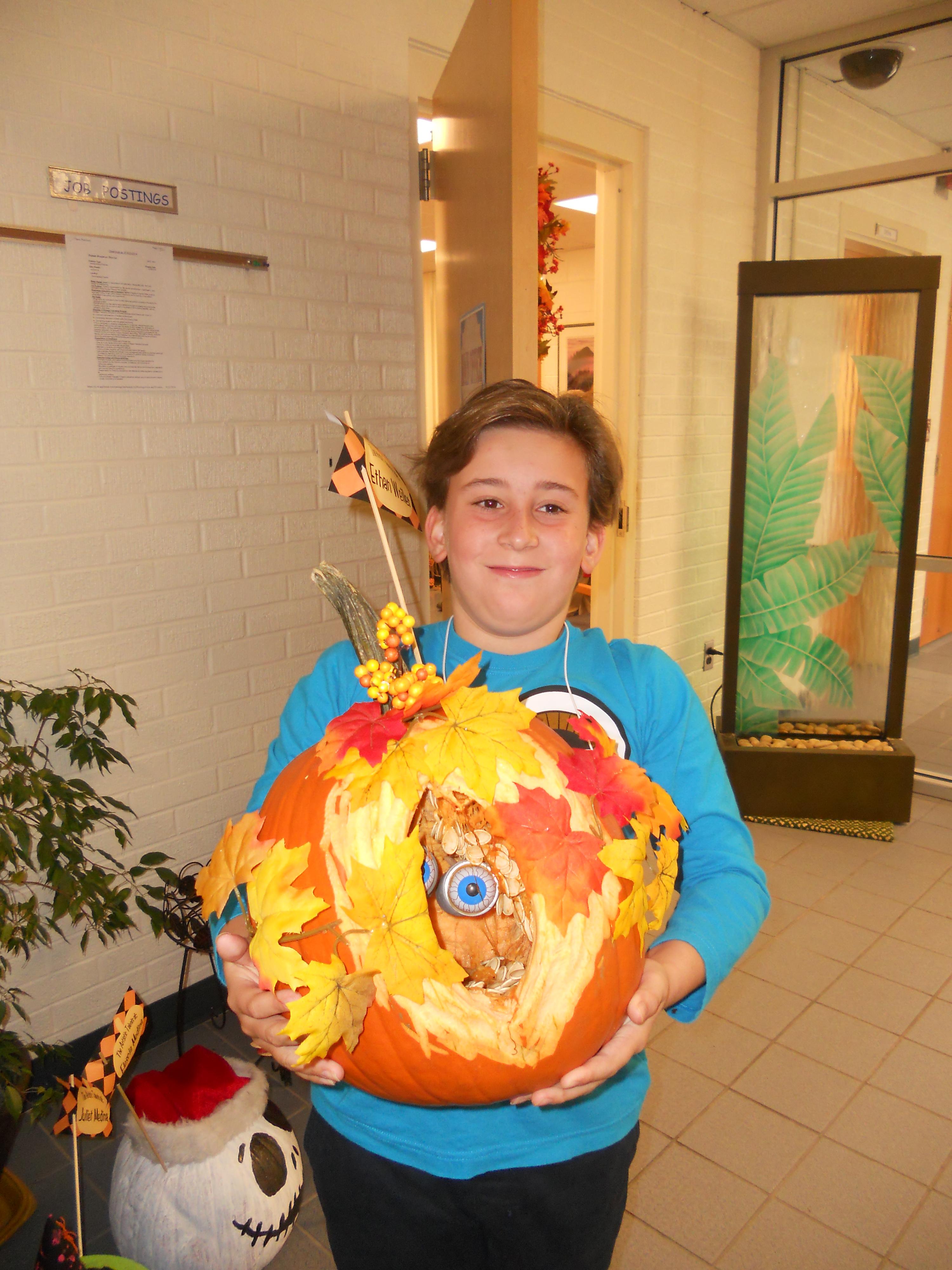Jones_Elementary_Pumpkin_Contest-1
