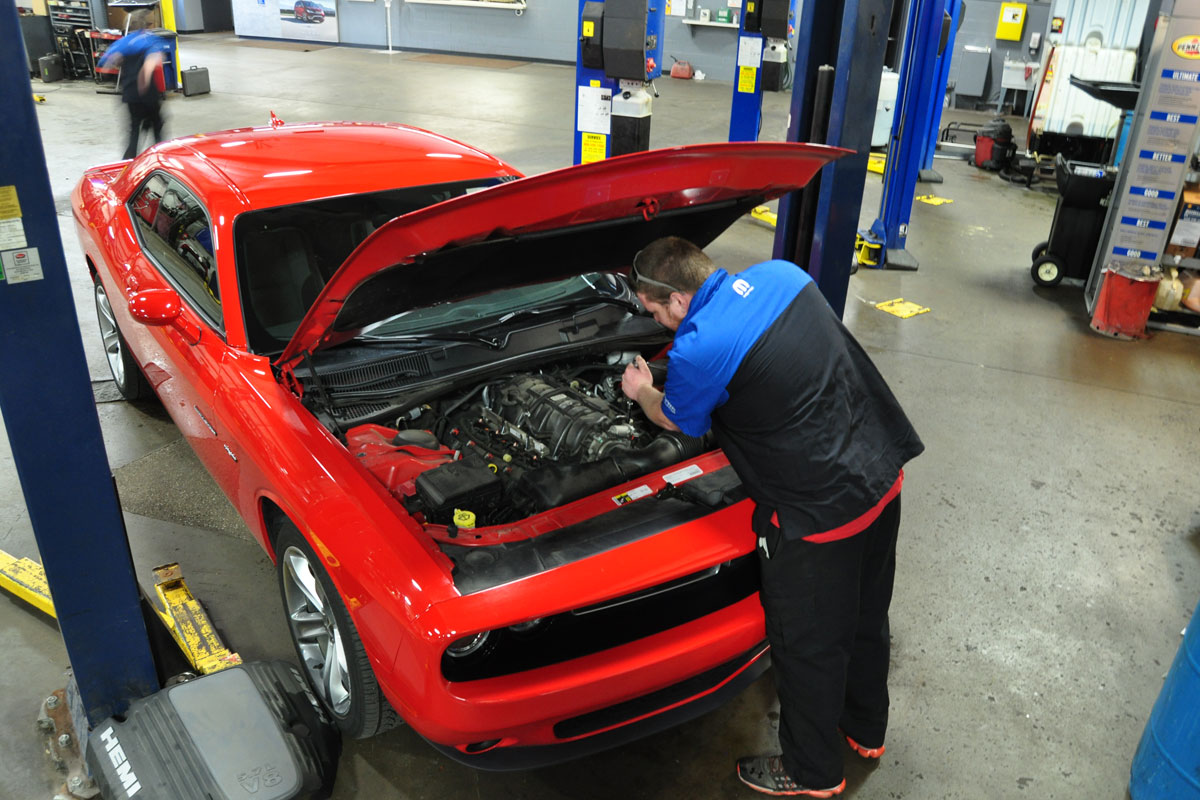 La-Porte-Chrysler-Mechanics-2017_02
