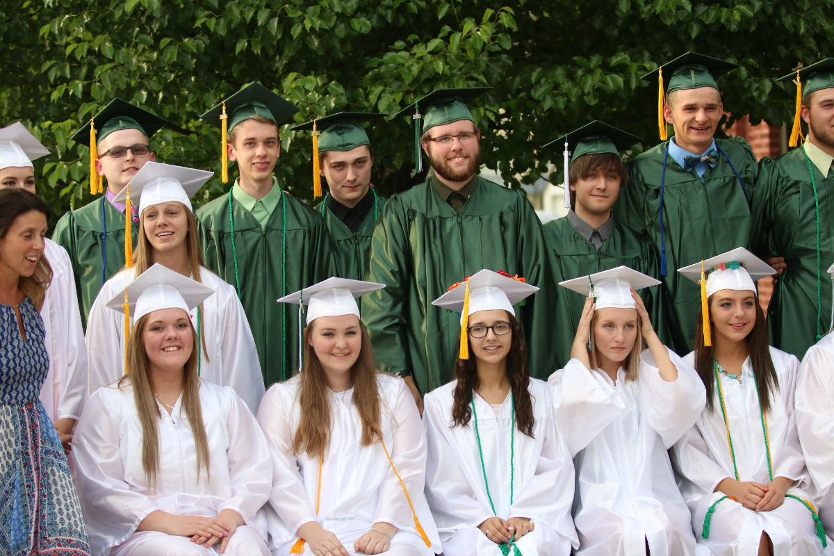 2016-graduation-lacrosse
