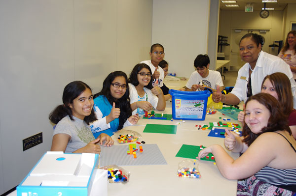 Lake-County-Library-Altrusa-Lego-Donation
