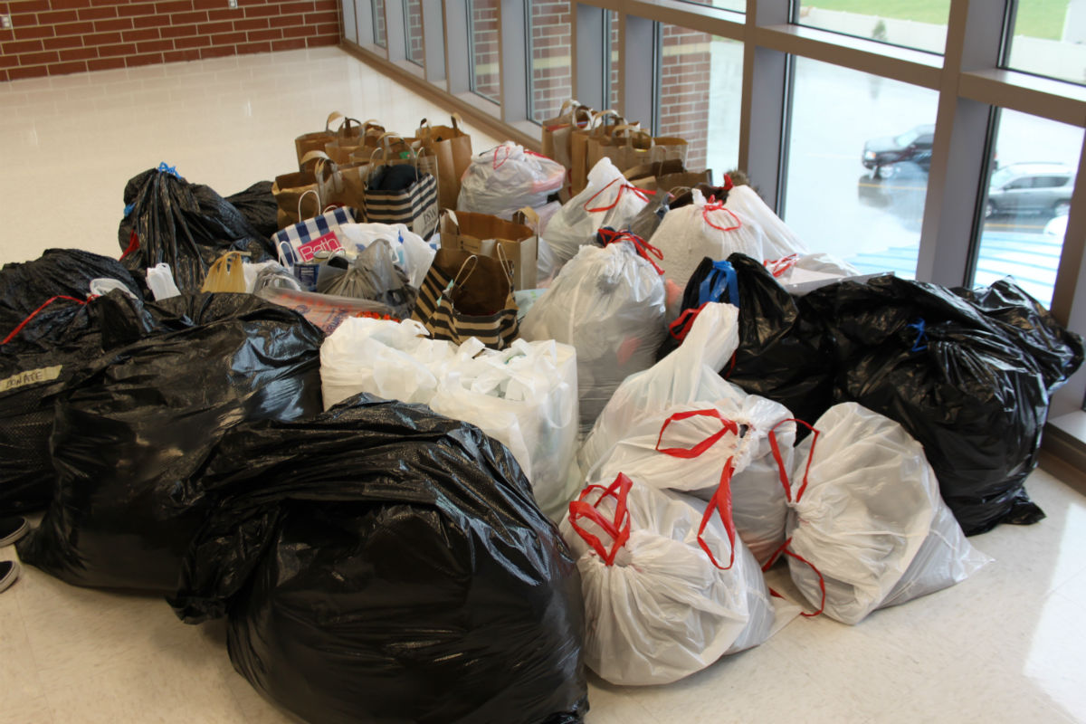 Lake Central Food Drive Gathers Thousands of Cans Every Year