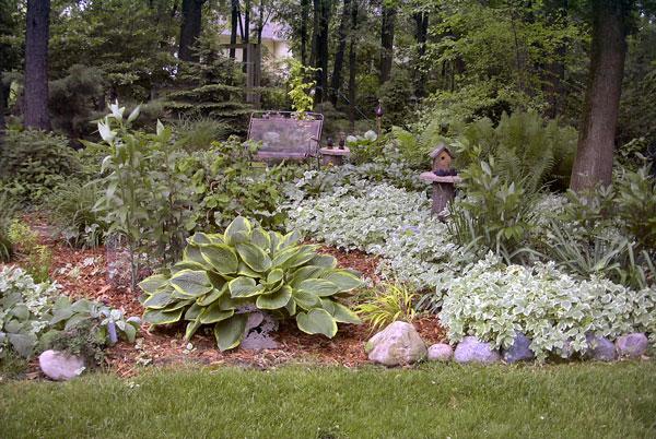 Leslie_Garden-2005
