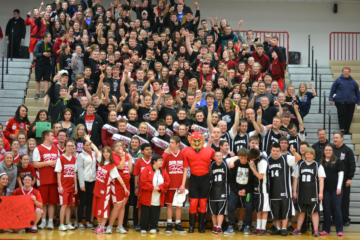 'The Pit' Packed for Lowell Special Olympians