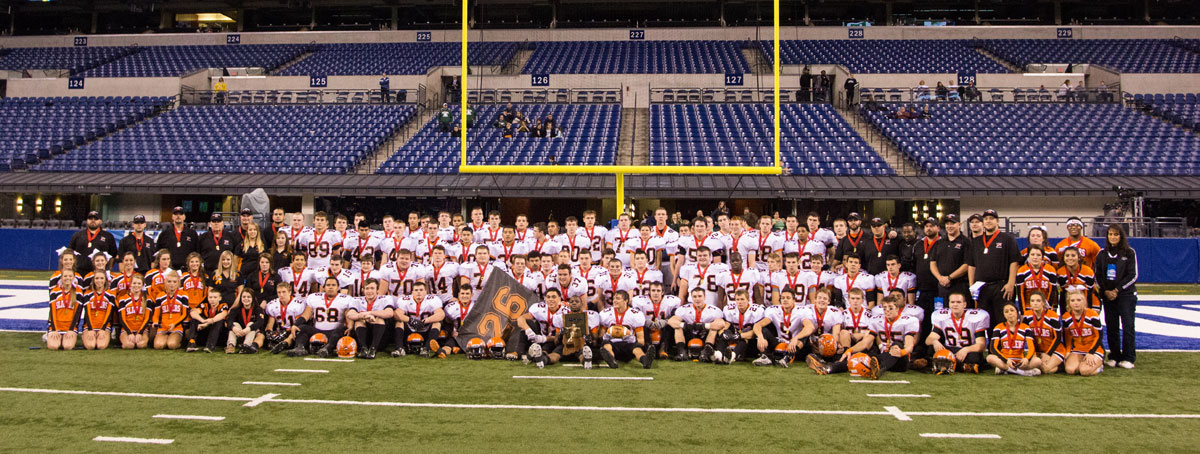 lphs-football-team-shot-2014