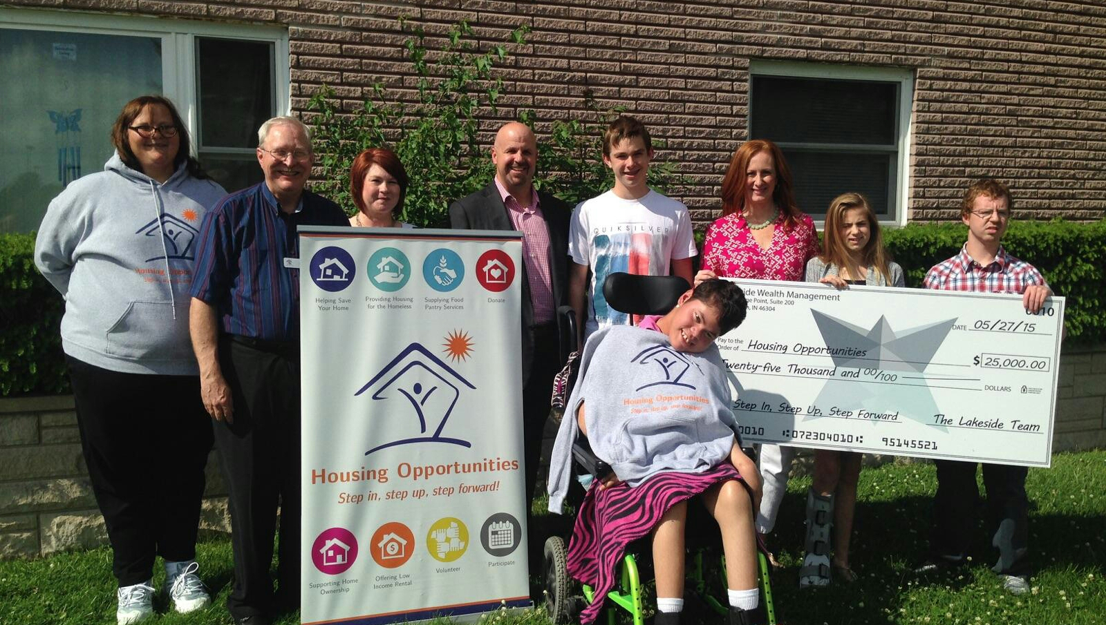 Housing Opportunities Receives Grant in 2015
