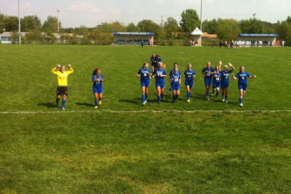 marquette-lady-soccer2012-vs-mc