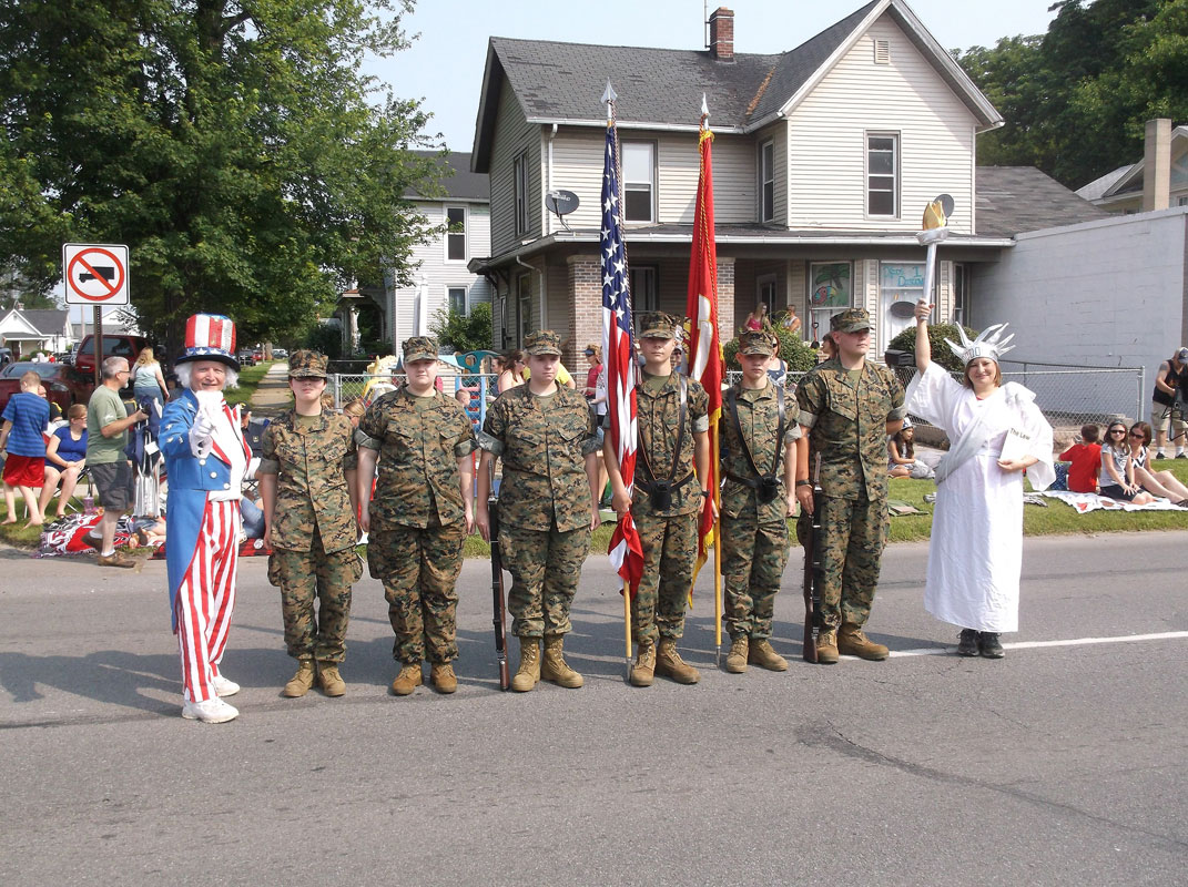 MCHS-MCJROTC-2015-4th-of-July-01