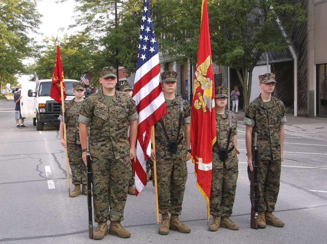 MCHS-MCJROTC-2015-4th-of-July-02