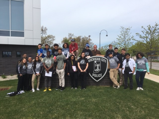 Michigan-City-Police-Department-Holds-Career-Fair-for-Barker-Middle-School-Students-2017