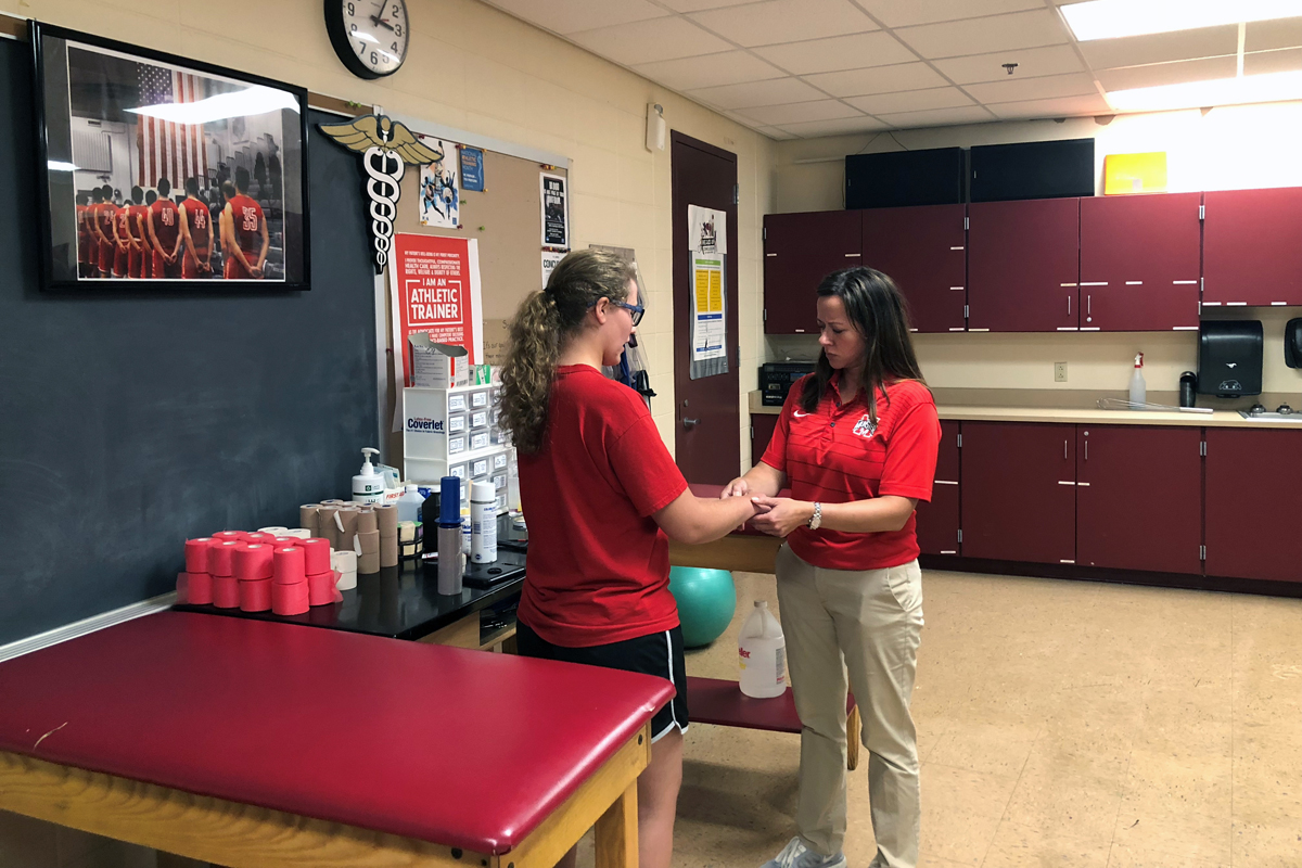 Munster High School Athletic Trainer Receives State Athletic Trainers Association Highest Honor