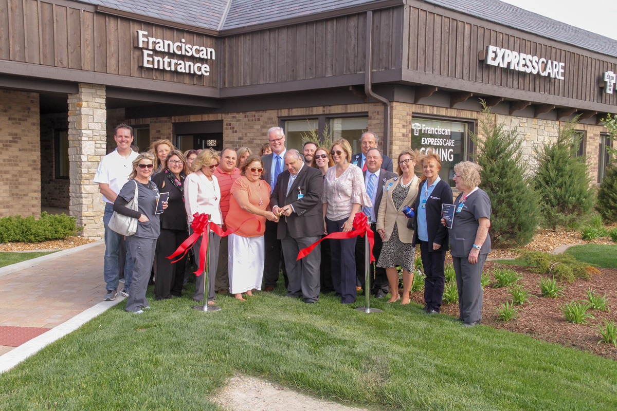 New-Franciscan-ExpressCare-location-gets-blessing-in-St-John-2019_01