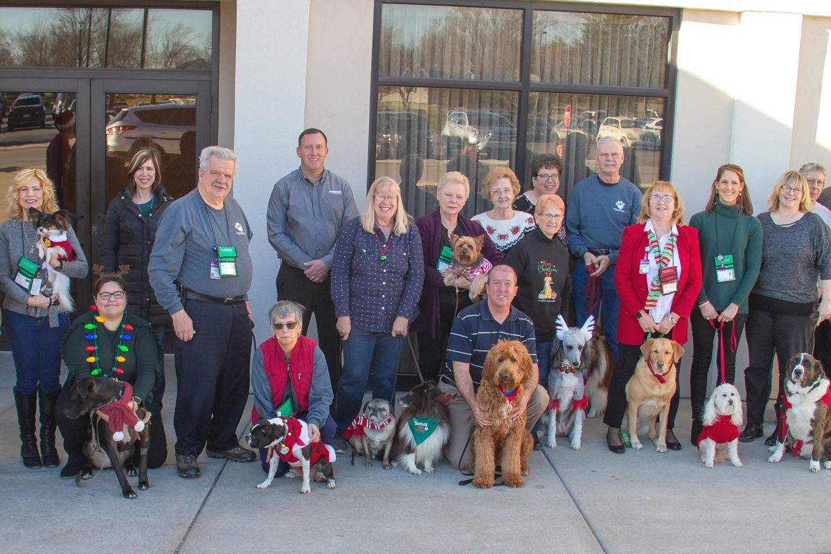 Pet-Therapy-Recognition-Luncheon-Honors-a-Growing-Pack-2018_01