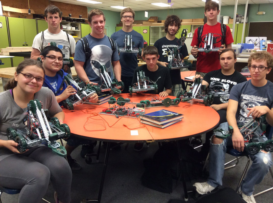 PHS-Engineering-Students-Build-Robots