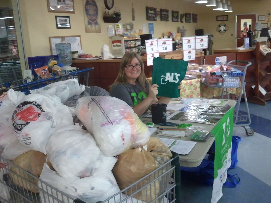 Plastic-Bag-Swap-and-RecycleMania-at-Als-Supermarkets