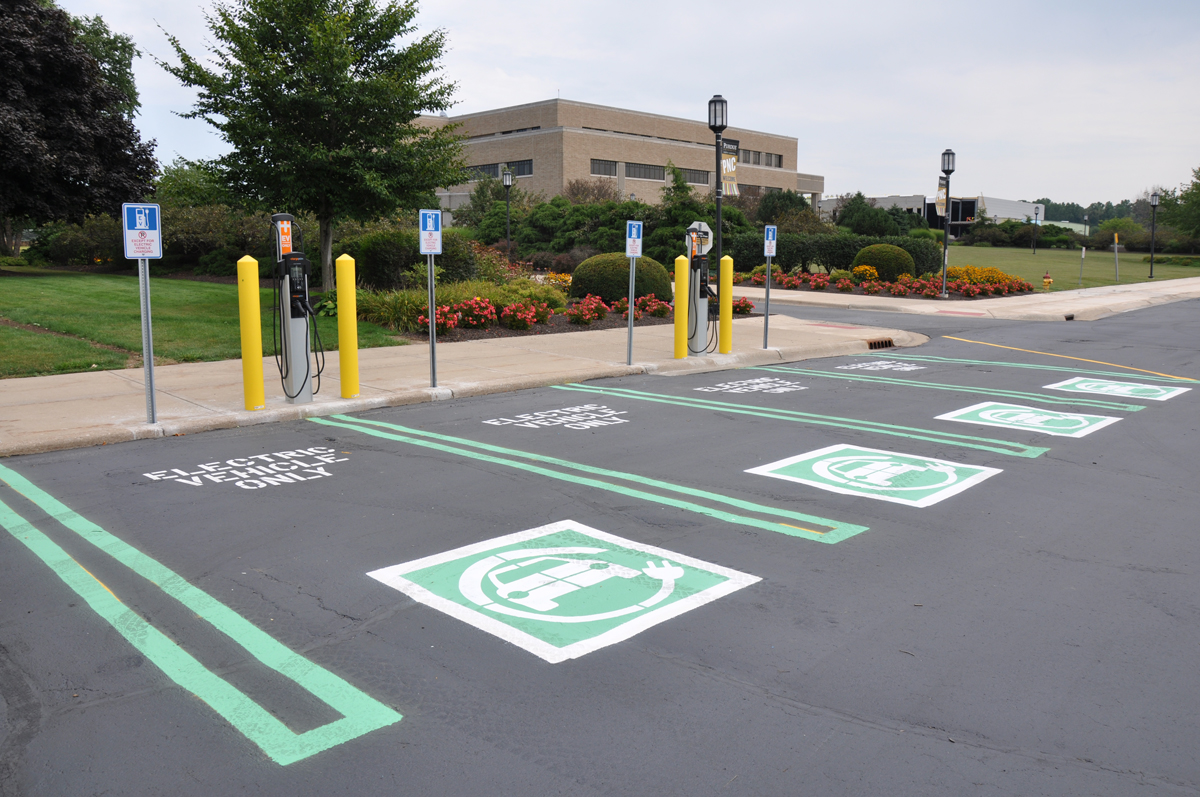 PNC-Offers-Electric-Vehicle-Charging-Stations-01