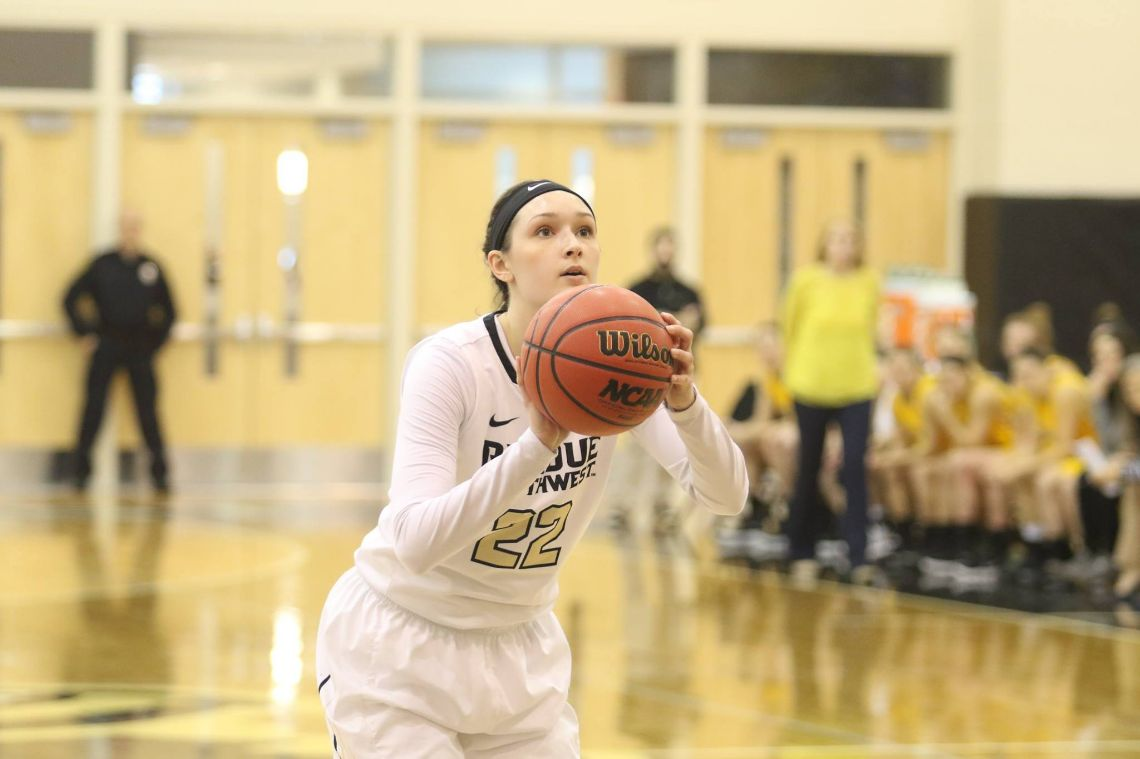 PNW-Michalski-Huge-As-Purdue-Northwest-Women-Outlast-UIndy-for-62-57-Win