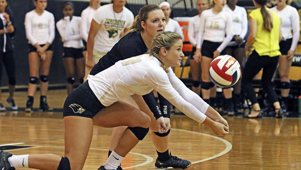 PNW-PNW-Volleyball-Drops-5-Set-Battle-to-IU-Kokomo