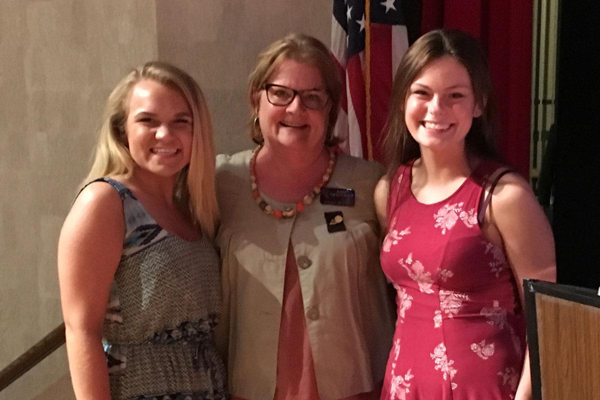 Portage-Tri-Kappa-Awards-2017-Scholarships-to-High-School-Seniors
