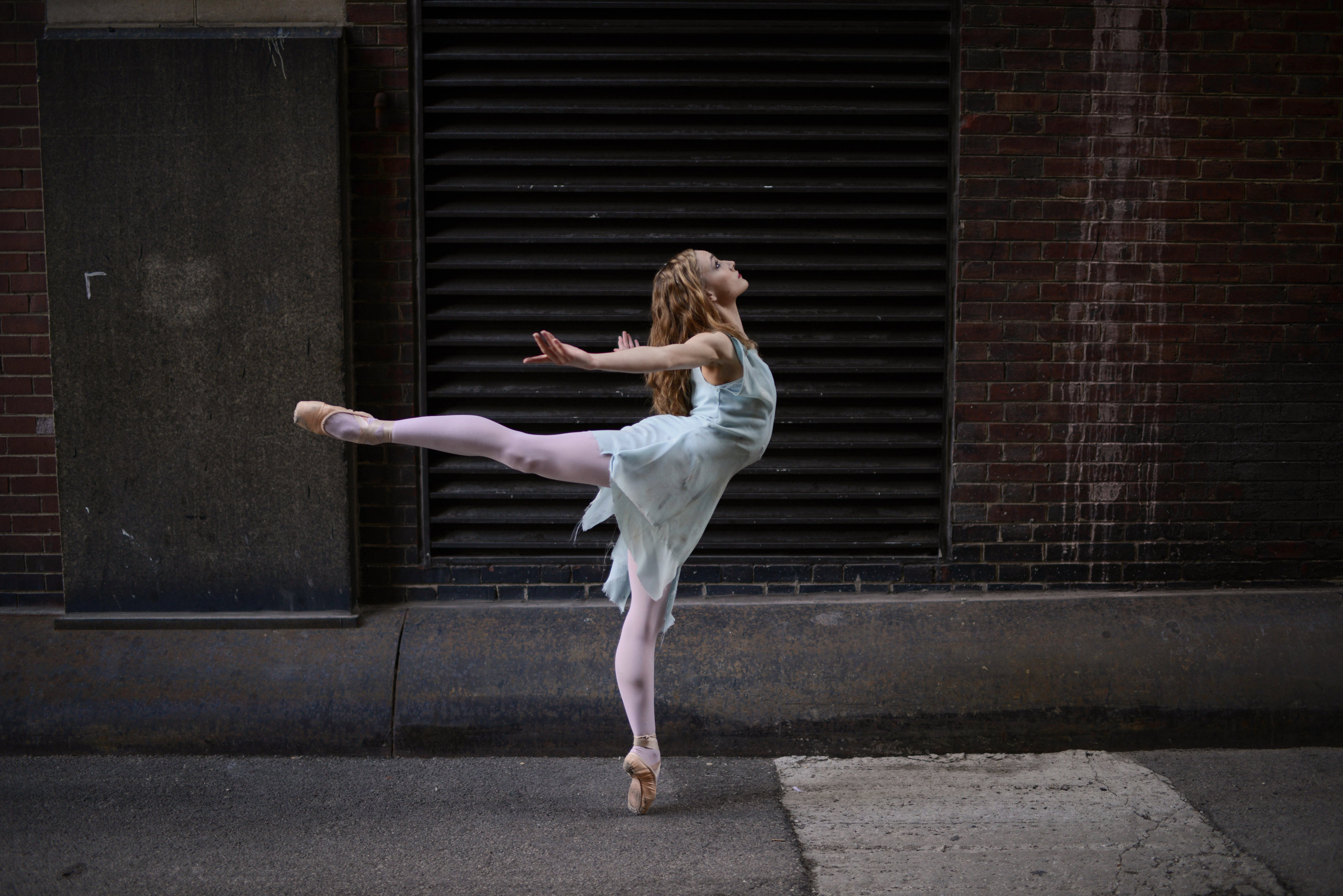 Professional_Ballet_Company_to_Visit_Val-1