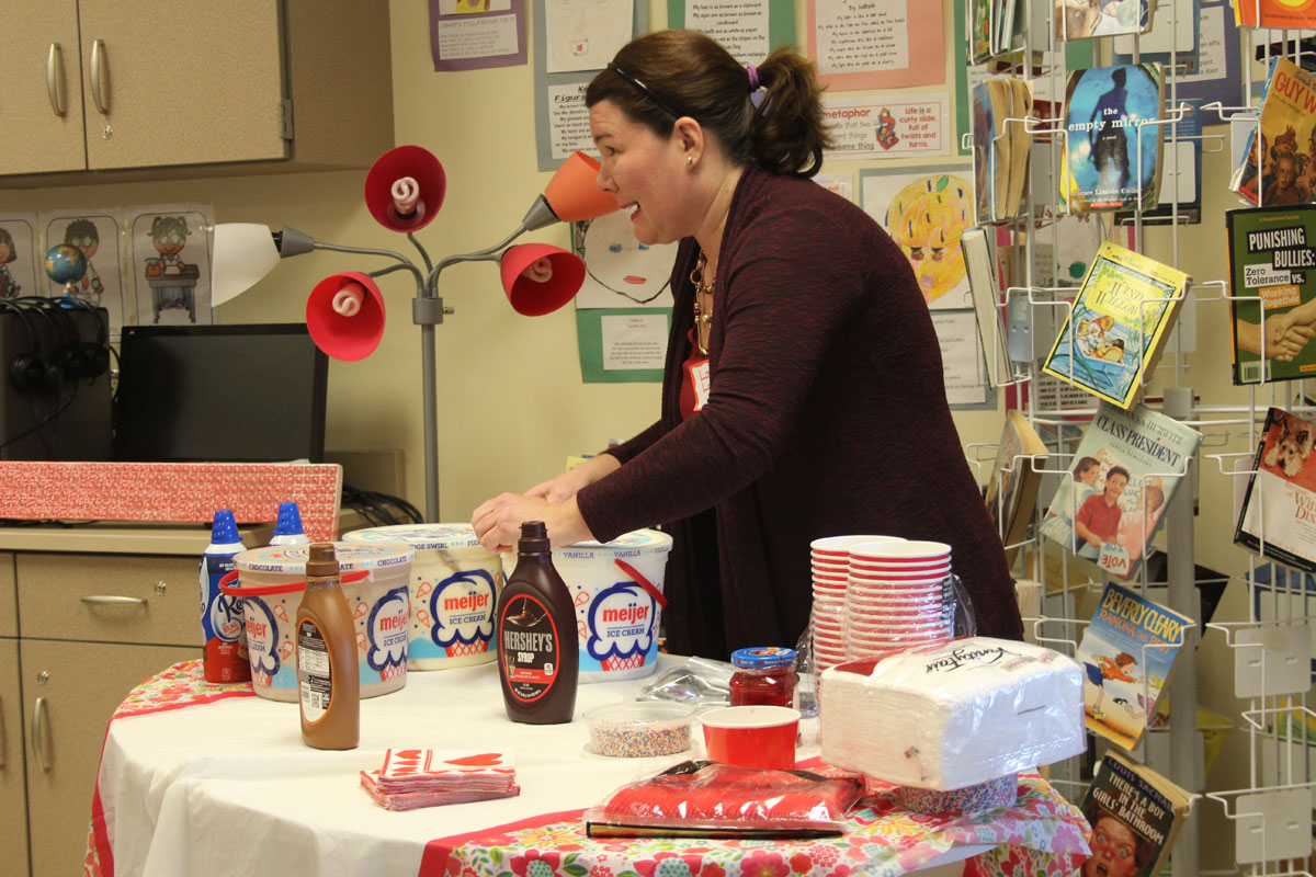 Protsman Elementary School Holds 2017 Valentine's Day Party