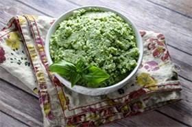 Pumps-Fitness-Garlic-Mashed-Cauliflower-with-Kale