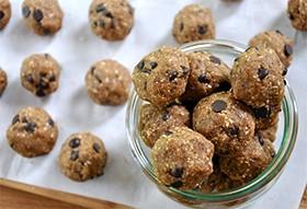 Pumps-Fitness-Recipes-Cookie-Dough-Balls