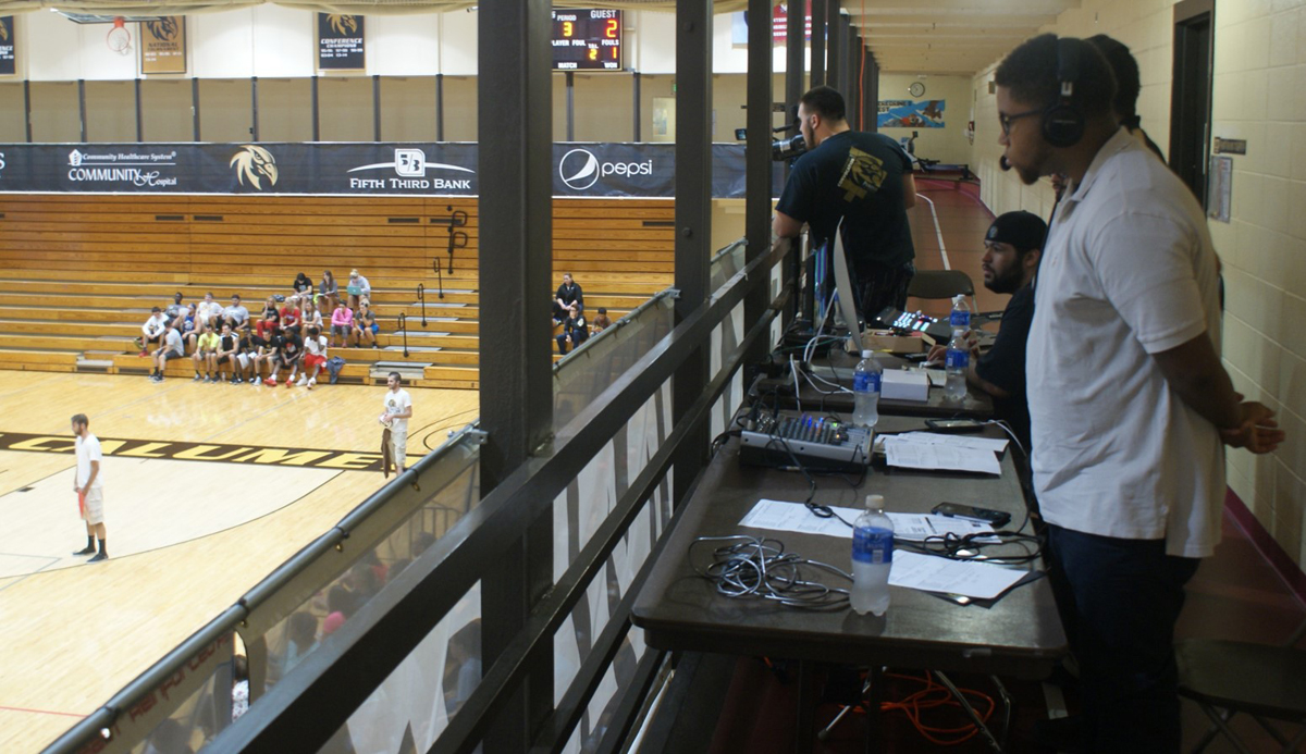 Purdue-University-Calumet-Broadcasting-Class-to-Stream-Fall-Sporting-Events-in-2015-01