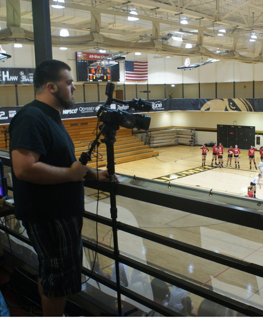 Purdue-University-Calumet-Broadcasting-Class-to-Stream-Fall-Sporting-Events-in-2015-02