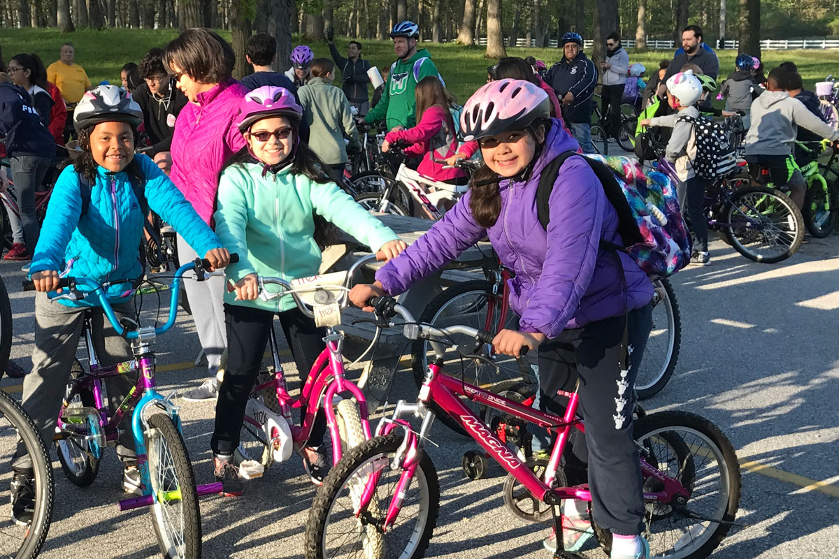 Record-Number-of-St-Marys-Students-Pedal-to-School-2017_01