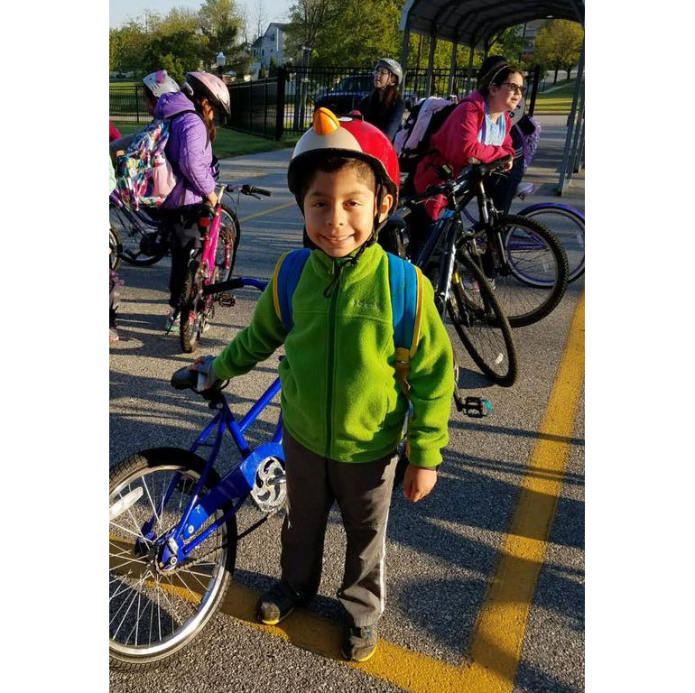 Record-Number-of-St-Marys-Students-Pedal-to-School-2017_02
