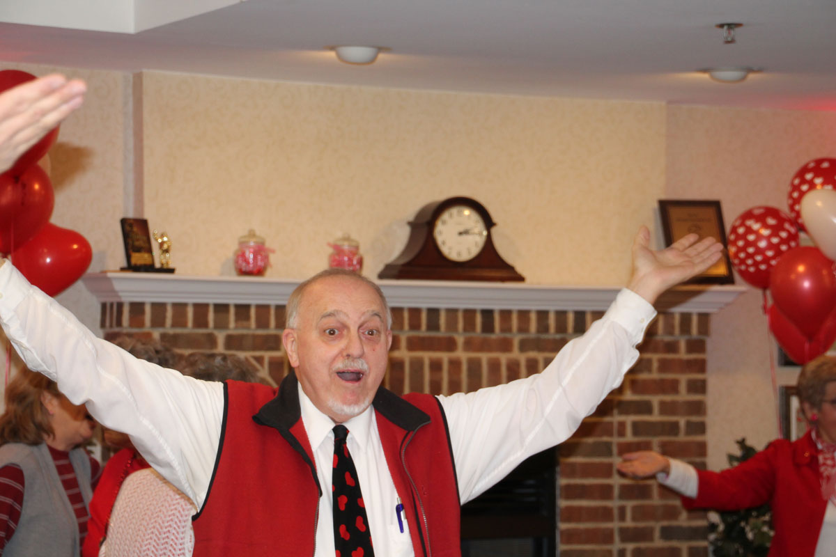 Rittenhouse-Residents-Do-the-Cupid-Shuffle-at-2017-Sweetheart-Dance-01