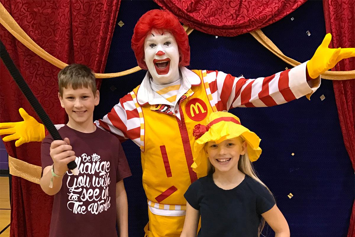 Ronald-McDonald-Surprises-Merrillville-Intermediate-School-2017_01